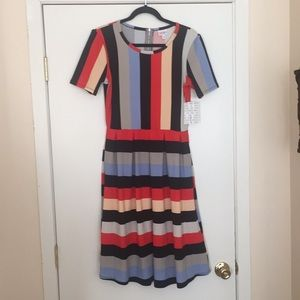 L LuLaRoe Amelia Dress G04 1116